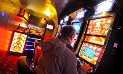 Gioco d'azzardo in paese? Messo alla porta