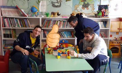 Ju.Vi Cremona Basket: uova di Pasqua ai bambini malati FOTO