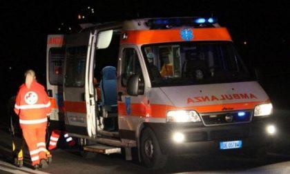 Auto contro ostacolo, grave 26enne SIRENE DI NOTTE