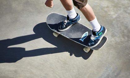In skateboard in A21, fermato dalla Polizia stradale