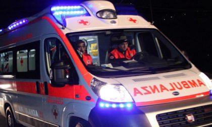 Auto contro ostacolo, due persone in ospedale SIRENE DI NOTTE