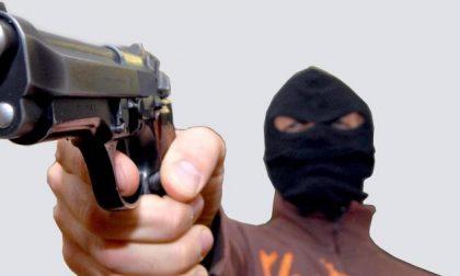 Portavalori rapinato a Crema, banditi in fuga FOTO