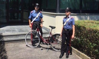 Ladro di biciclette acciuffato e denunciato per ricettazione