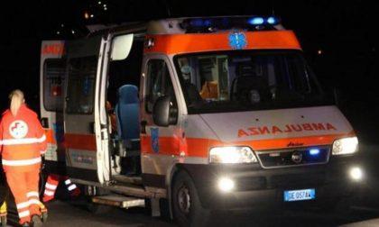 Scontro tra auto e moto, soccorse 2 persone SIRENE DI NOTTE