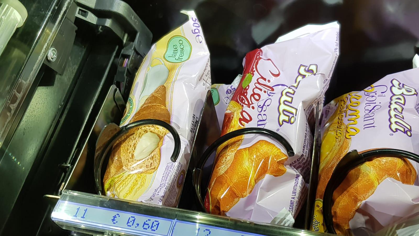 Rischio salmonella: dopo i croissant Bauli anche salsicce e barrette proteiche