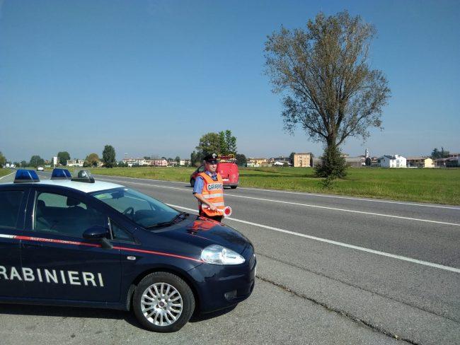 Guida senza patente, multa da 5mila euro e denuncia per un 24enne