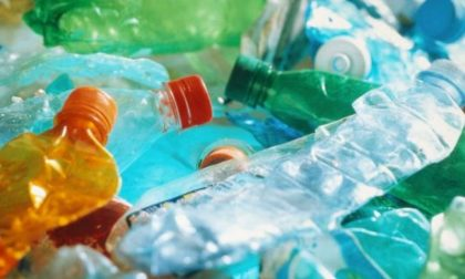 """""""Stop"""" alla plastica: Regione Lombardia in campo"""