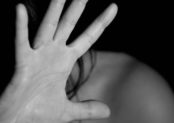 Lavoratori e aziende donano 100mila euro a sostegno delle donne vittime di violenza