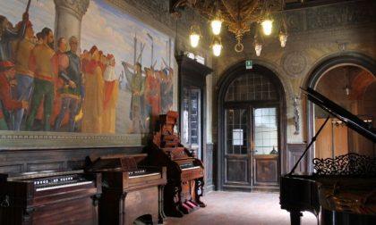 Aperitivo con l'arte a Palazzo Raimondi: ciclo di visite dedicate agli affreschi di Guido Bragadini