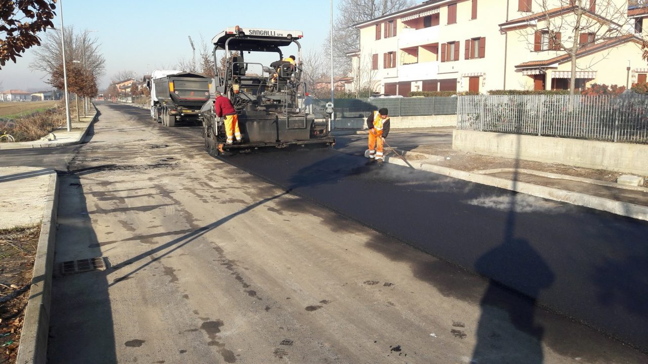 Nuova asfaltatura in via Bonemerse FOTO