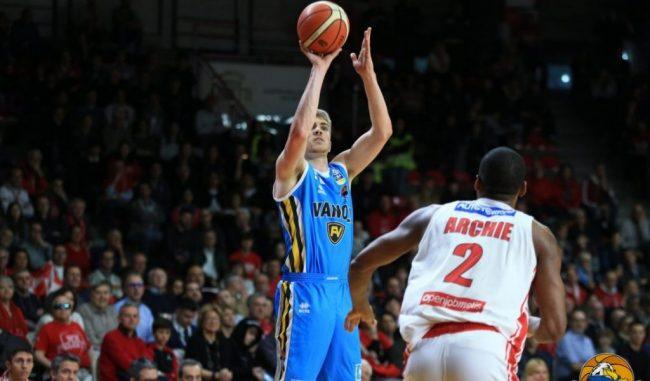 La Vanoli Basket esce sconfitta dal campo di Varese
