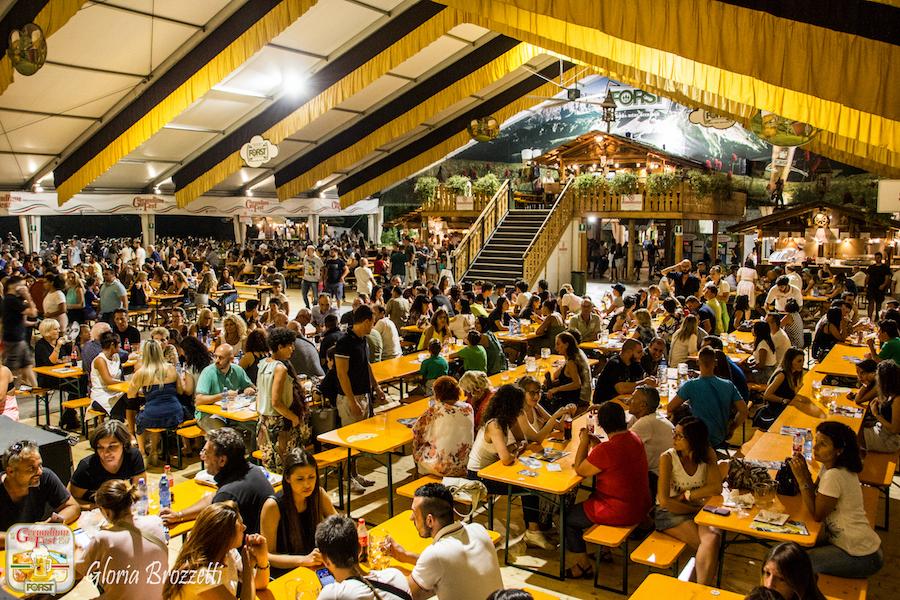 Gerundium Fest sul palco della 21esima edizione Cristina d'Avena, Paolo Cevoli e i Nomadi.