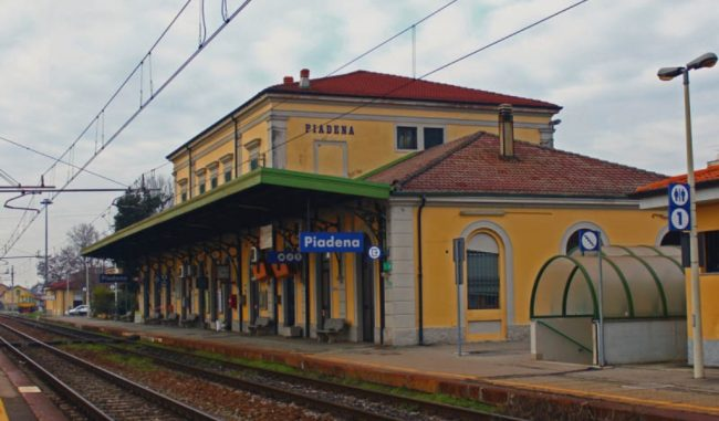 Allarme in stazione a Piadena, treno deraglia: è il secondo in tre mesi