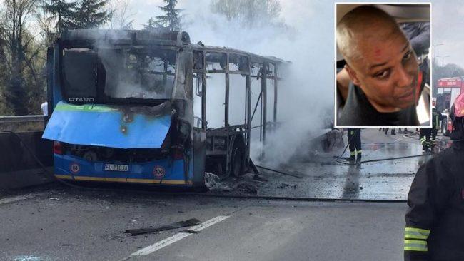 Autobus dirottato: iniziato a Milano il processo, famiglie parte civile