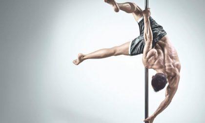 Cade durante l'allenamento di pole dance: grave 30enne