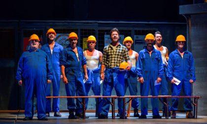 """Un capodanno spumeggiante al Teatro Ponchielli con """"Full Monty"""""""
