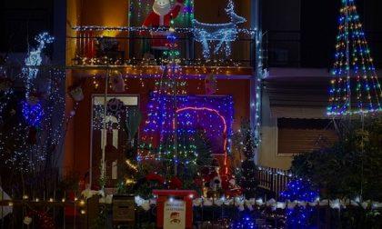 A Vailate un piccolo villaggio di Natale, a casa Cerri FOTO