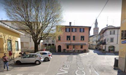 Crema: dissesto di via Cavour, cadute a ripetizione