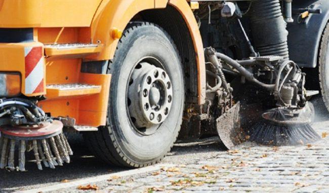 Pulizia strade: in arrivo un nuovo servizio di spazzamento e lavaggio in via del Giordano