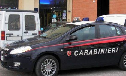 Carabiniere eroe salva due persone dalle fiamme mentre è fuori servizio
