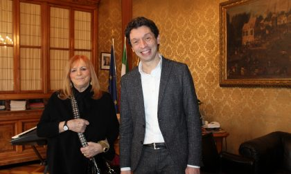 L'infettivologa Claudia Balotta ricevuta a Palazzo Comunale dal Sindaco Galimberti