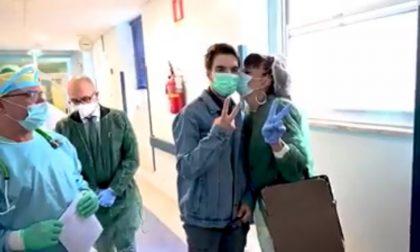 Coronavirus, il giorno più bello: la guarigione e le dimissioni di Mattia VIDEO