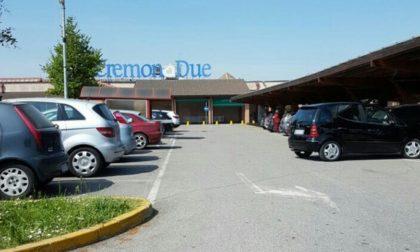 Addetto alla vigilanza trovato morto al Centro Commerciale Cremona Due