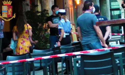 Movida Cremona: minorenni sorpresi a consumare alcolici al bar