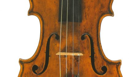 Si arricchiscono le collezioni del Museo del Violino: da domenica esposto un violino Giovanni Rota del 1800