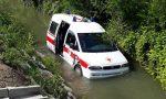 Schianto sulla via Emilia: un'ambulanza nel canale e quattro feriti FOTO