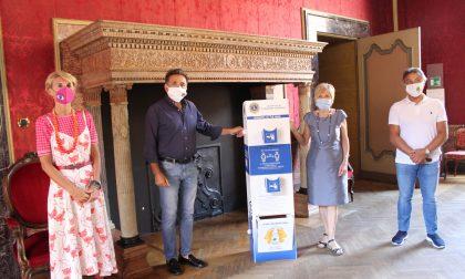 A Cremona 13 totem per l'igienizzazione delle mani grazie al Lions Club Torrazzo