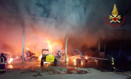 Devastante incendio in cascina: a fuoco 40 quintali di fieno FOTO