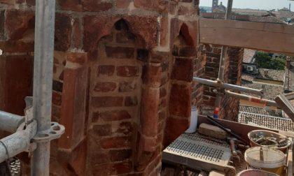 Loggia dei Militi, in fase di ultimazione i lavori di restauro e consolidamento del camino