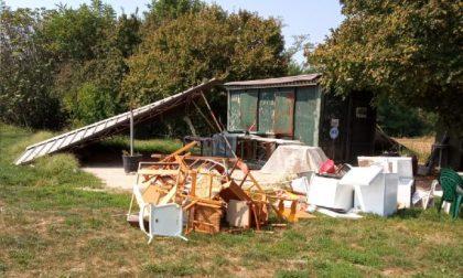 Raid al quagliodromo: ignoti vandali distruggono rete, tettoia e mobilio