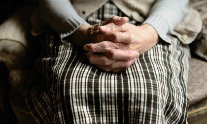 Vedova e senza figli, muore e lascia in eredità un milione di euro a due parrocchie