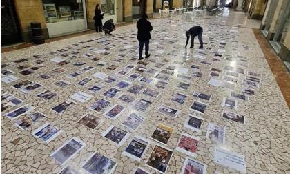 Nuovo Dpcm: la protesta silenziosa degli esercenti in Galleria XXV Aprile