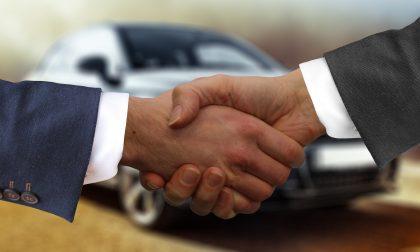 Acquista un'auto (versa acconto e saldo) ma al momento del ritiro la concessionaria non esiste più