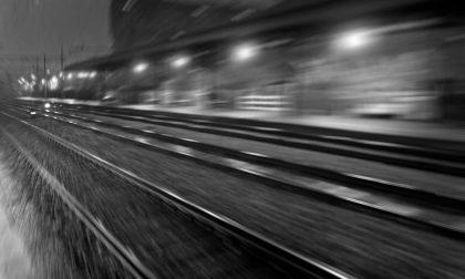 Investito dal treno al passaggio a livello: uomo perde la vita a Cremona