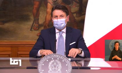 Lombardia è zona rossa: vietato uscire di casa, torna il lockdown (i divieti e cosa resta aperto)