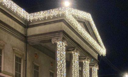 Oleificio Zucchi dona l'illuminazione del Teatro Ponchielli per accendere il Natale di Cremona