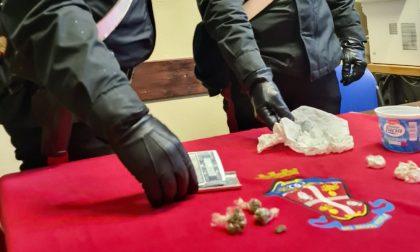 Trovato con cocaina, marijuana e hashish, denunciato giovane pusher