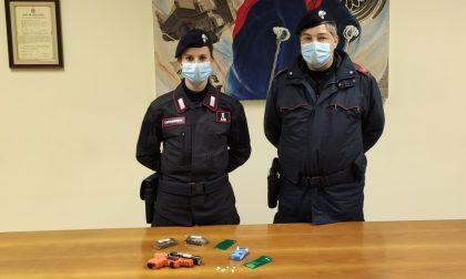 """Arrestato 35enne marocchino trovato con panetti di hashish e pastiglie di """"narcotest"""""""