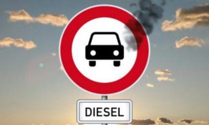 """L'emergenza Covid """"congela"""" il blocco dei diesel (e l'ambiente ringrazia)"""