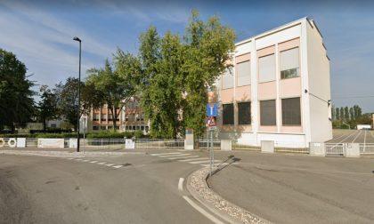 """Cremona, alle medie gli studenti rifiutano le mascherine """"perché sono brutte"""""""