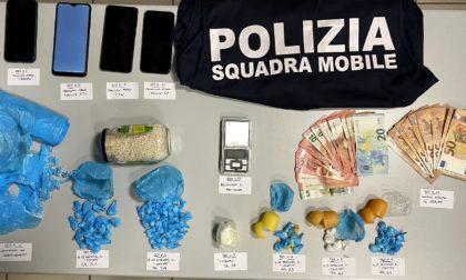 In manette spacciatore di 20 anni trovato con 99 dosi di cocaina