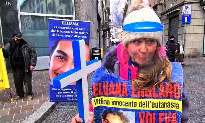 Ultracattolica, medico e No Vax: video della protesta nel ricordo di Eluana