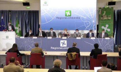 Lombardia, vaccini Covid in azienda per dipendenti: Regione sigla protocollo