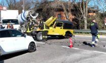 Violento frontale sul ponte, lunghe code a Rivolta in direzione del Milanese