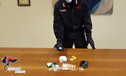 Cocaina in auto e in casa, arrestato pusher marocchino