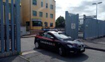 Evade durante il permesso premio, i carabinieri pedinano i familiari e lo rintracciano
